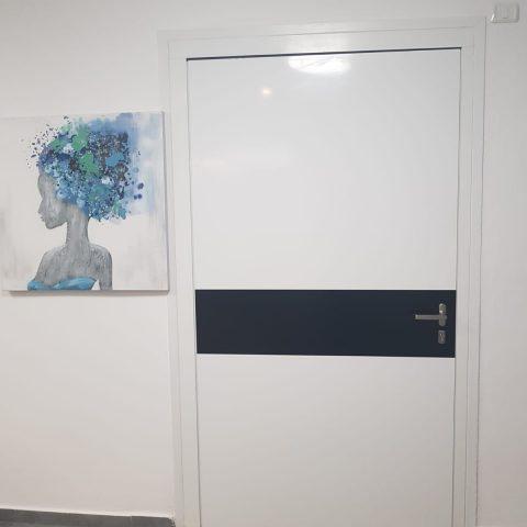 דלת דגם פיבוט, בית ג'אן