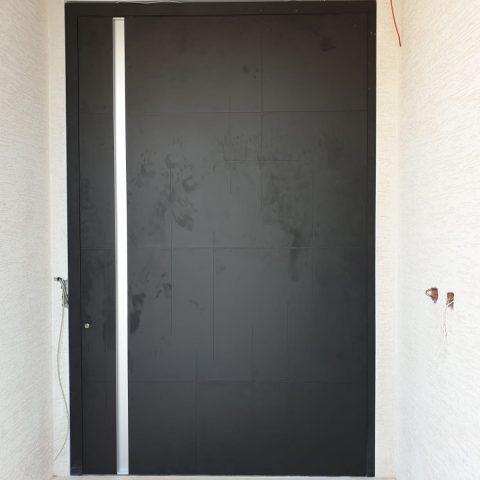 דלת דגם פיבוט, שפרעם
