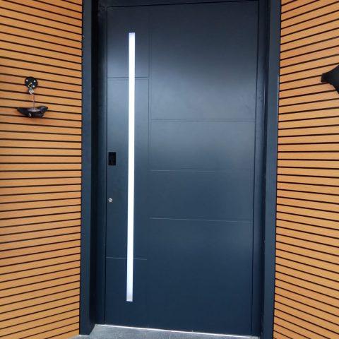 דלת פלטיניום, ראשון לציון
